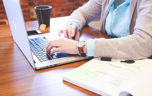 מה זה שיווק שותפים - הסבר למתחילים | איך להרוויח כסף בשיווק שותפים עם תוכניות שותפים?