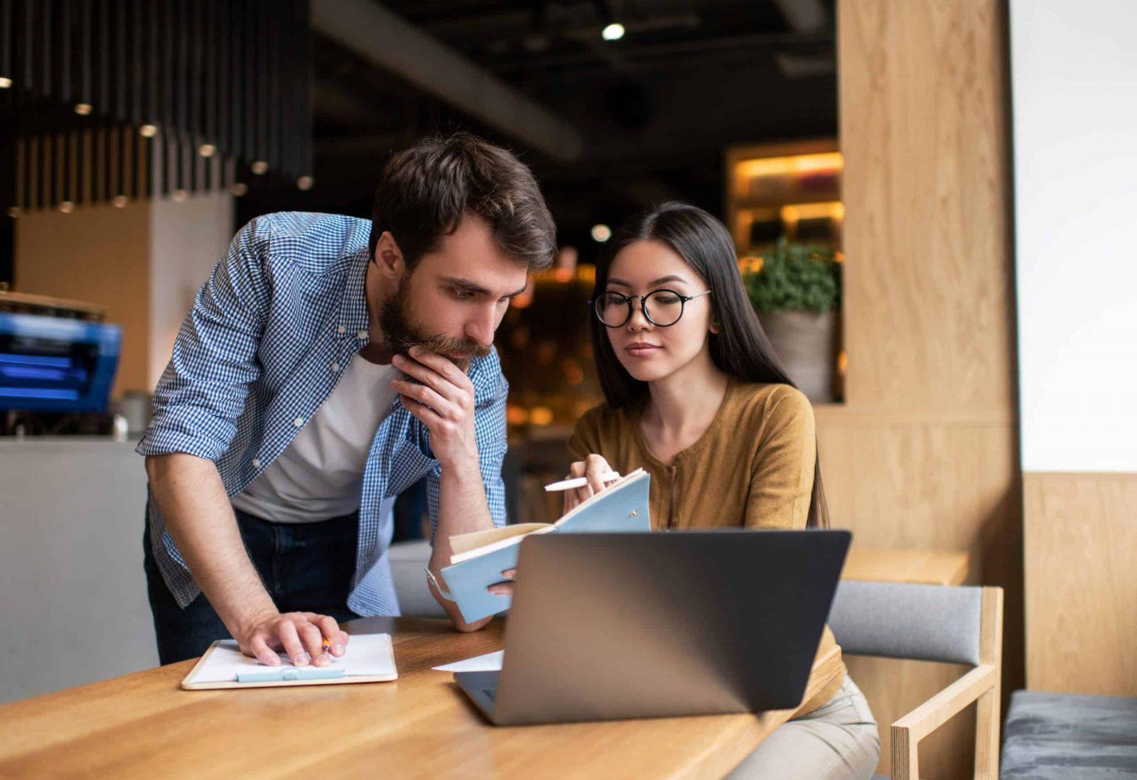 איך לפתוח עסק אונליין רווחי עם שיווק שותפים